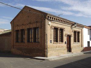 Antiguas escuelas de La Joyosa en C/. Puig